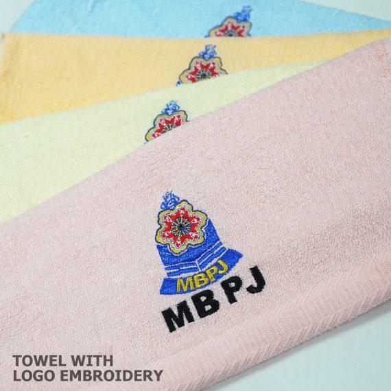 TOWEL-WITH-LOGO-EMBROIDERY-TORNADO7DESIGN
